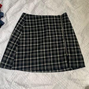Zara trafaluc checkered skirt